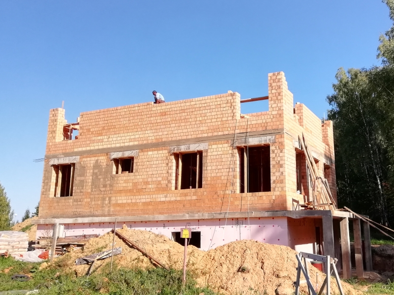 Строительство стен из пустотного кирпича